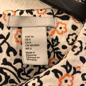 H&M Dresses - H&M Floral Embroidered Damask Mini Pocket Dress